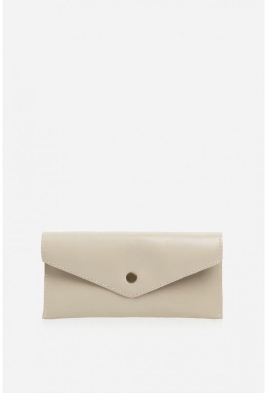 Гаманець конверт  з бежевої гладкої шкіри
