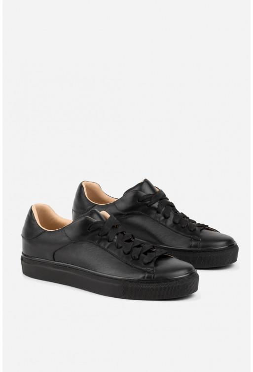 Кеди з чорної шкіри на шнурівці