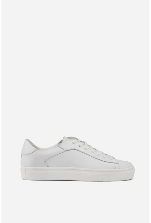 Кеди з білої шкіри на шнурівці