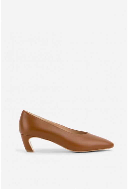 Туфлі ELINE карамельні  шкіряні з фігурним підбором /4 см/