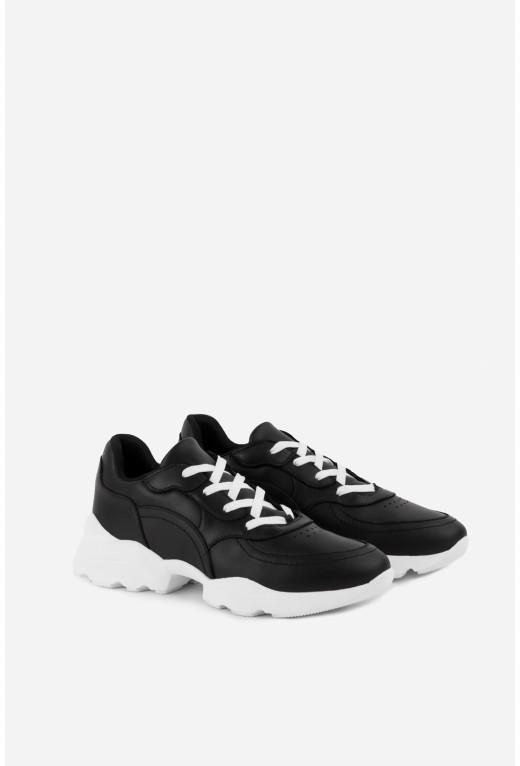 Кросівки чорні шкіряні класичні