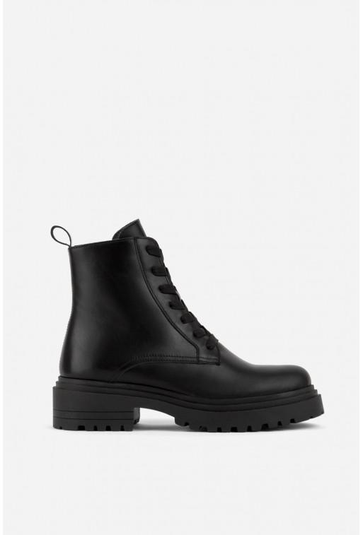 Черевики чорні шкіряні на тракторній підошві та шнурівці /хутро/