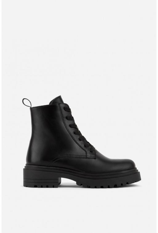 Черевики чорні шкіряні на тракторній підошві та шнурівці /байка/