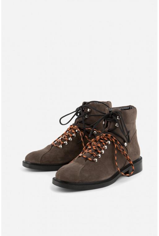 Черевики коричневі замшеві  на шнурках
