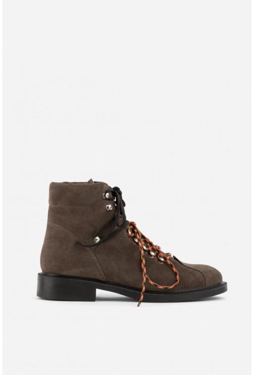 Черевики коричневі замшеві  на шнурівці
