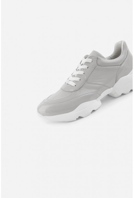 Класичні кросівки
