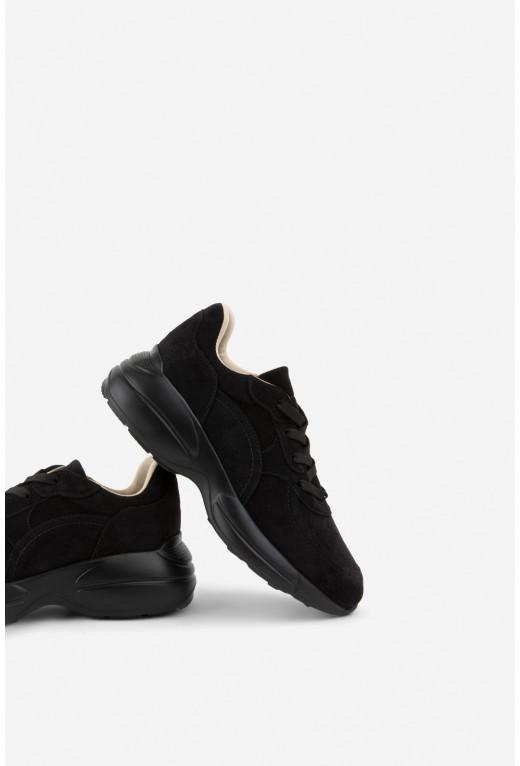 Класичні кросівки замшеві