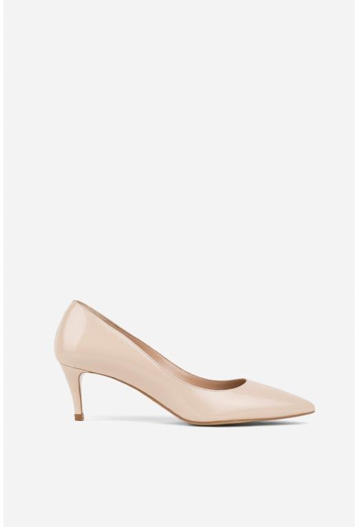 Лодочки бежеві лаковані kitten heels /5 см/