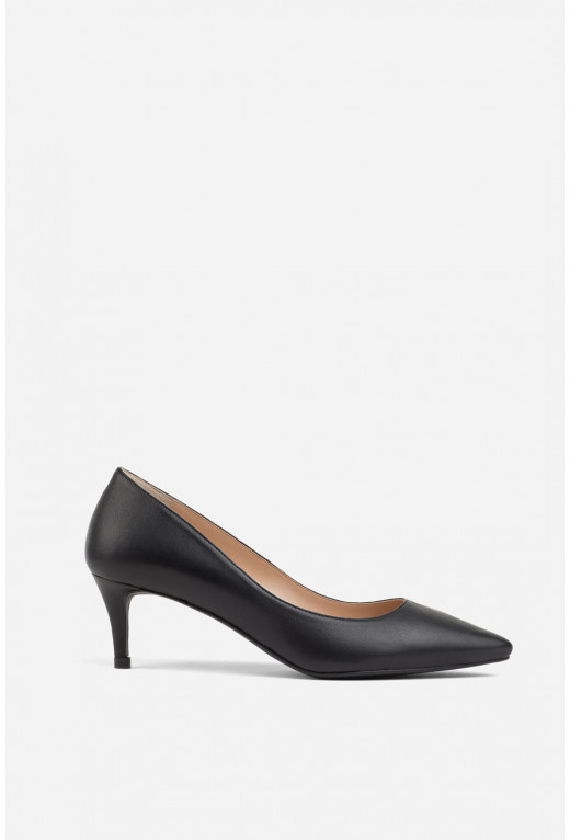 Лодочки чорні шкіряні  kitten heels /5 см/