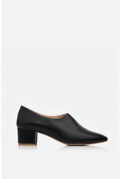 Туфлі ELINE  чорні шкіряні закриті /4 см/