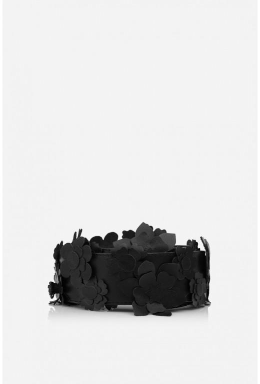 Наплічна ручка з квітами  чорна шкіряна