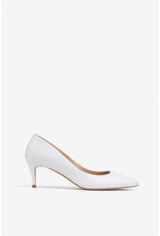 Лодочки білі шкіряні  kitten heels /5 см/