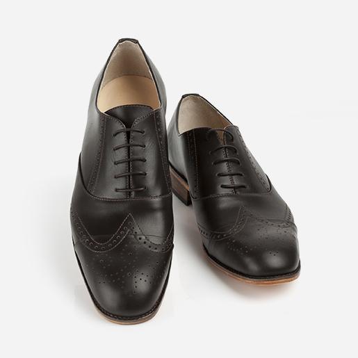 Чоловічі туфлі з декорованим носком.