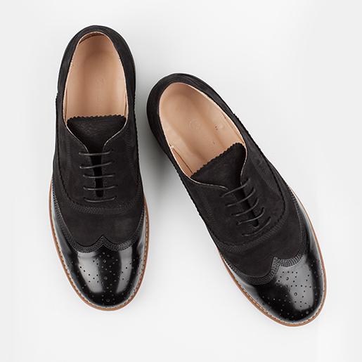 Чоловічі туфлі комбіновані з декором.