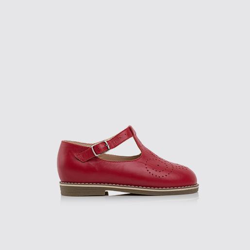 Червоні шкіряні туфлі
