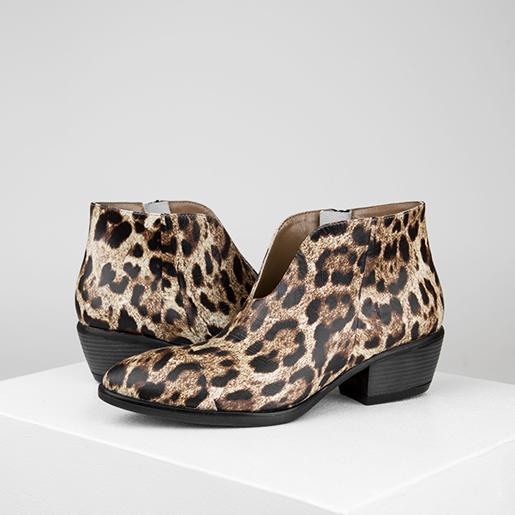 Ковбойські черевики з анімалістичної шкіри