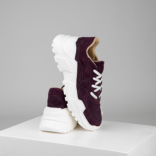 Кросівки замшеві