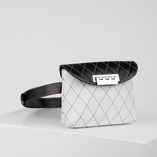 Напоясна чорно-біла сумка