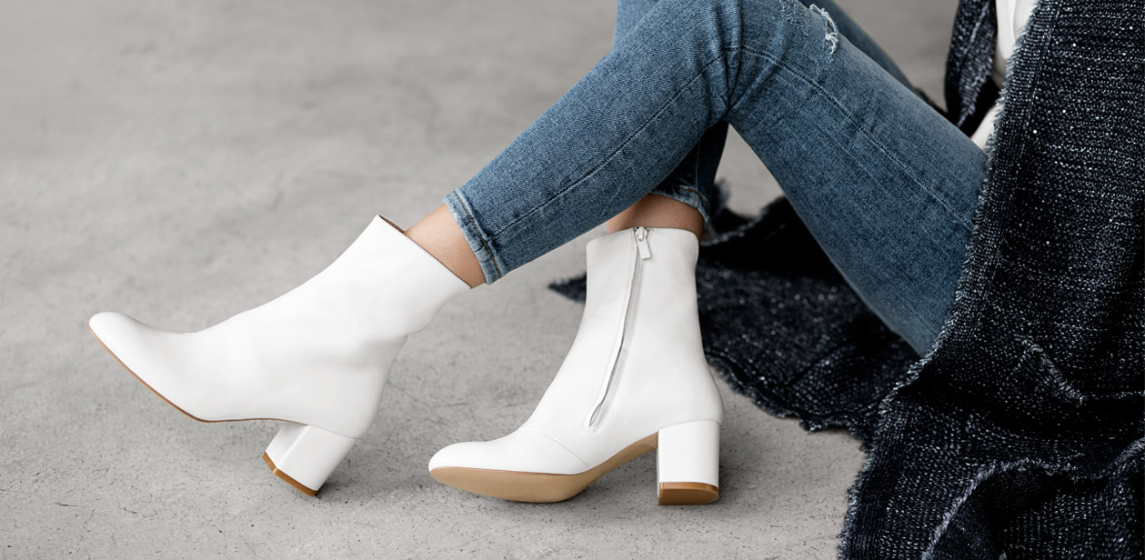 Current Obsession: White Boots!